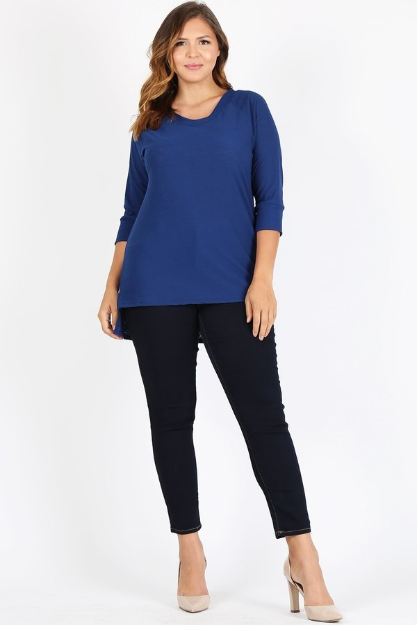 PLUS SOLID KNIT TOP