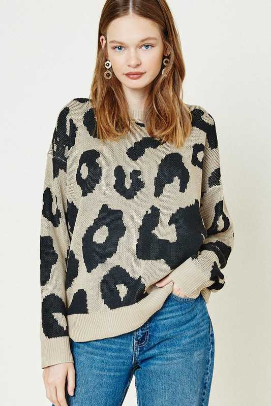 Leopard Sweater knit Top