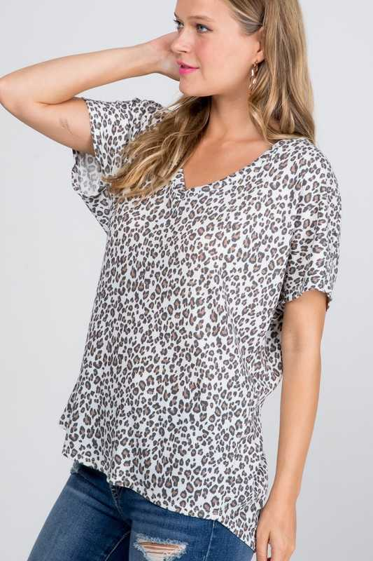 Animal V-neck Top
