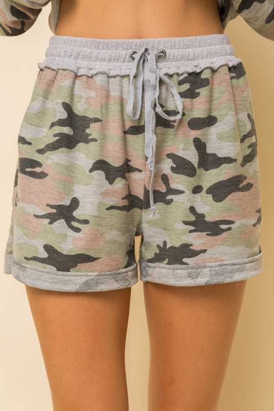 CAMO PRINT FRENCH TERRY SHORTS