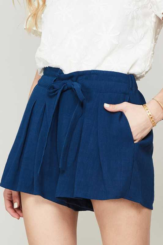 Pleated Wide Leg Drawstring Shorts with Pockets
