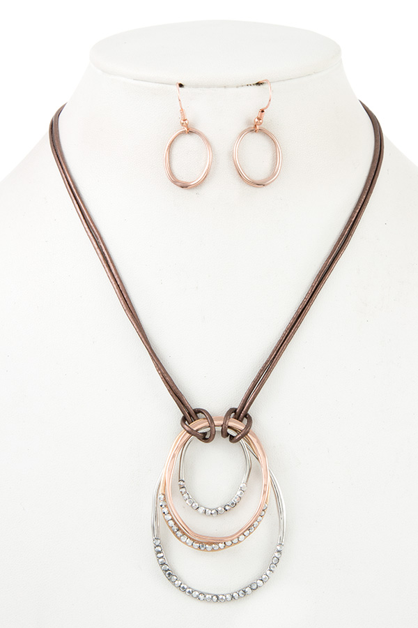MULTI RING GEM PAVE CORD NECKLACE SET