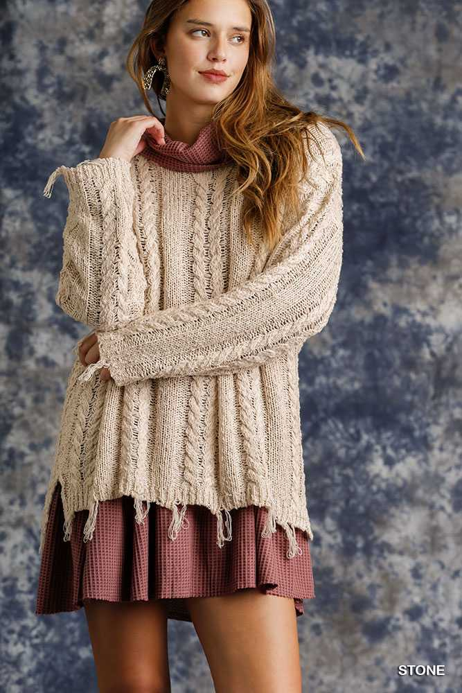 Cable Knit Round Neck Pullover Sweater