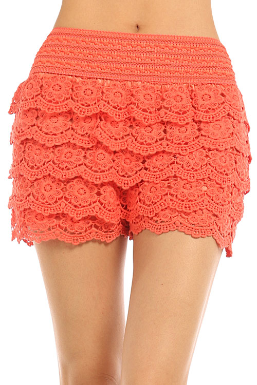 TIERED FLORAL CROCHET SHORTS
