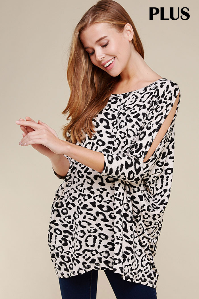PLUS SLIT SLEEVES LEOPARD TUNIC TOP
