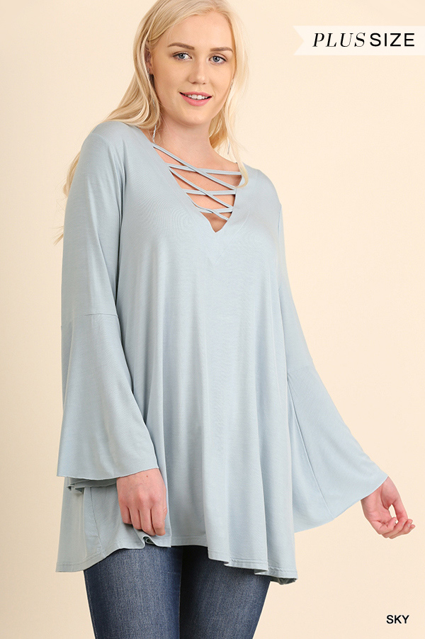 SOLID JERSEY KNIT V-NECK TOP