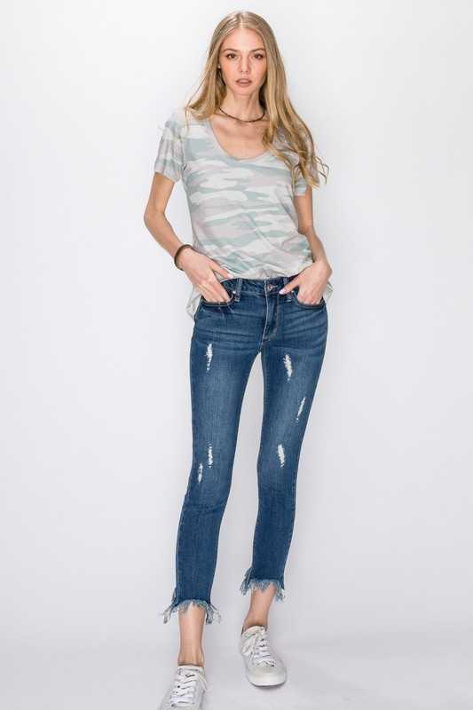 HEAVY BOTTOM DESTROYED CROP SKINNY