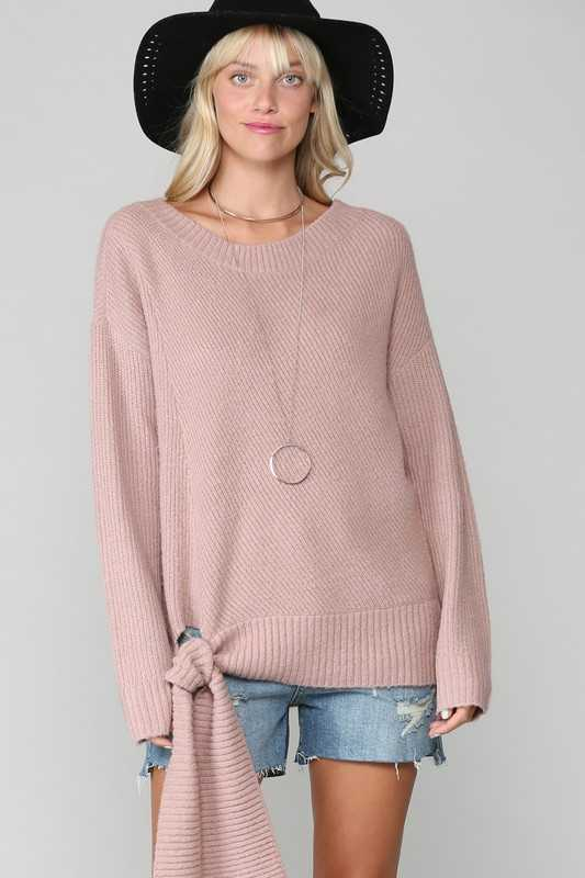 Lightweight knit pullover sweater