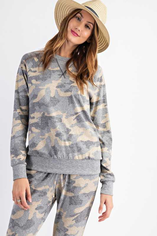 Camo Printed Round Neckline Long Sleeves Top