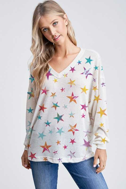 Star all over v neck knit long sleeve top