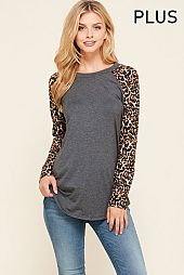 PLUS LEOPARD SLEEVES ELBOW PATCH TOP