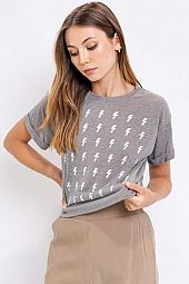 SHORT SLEEVE HEATHER OLIVE SCREEN PRINT TOP