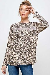 ANIMAL PRINT CONTRAST HOLO TRANS DETAIL TOP