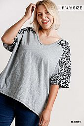 Animal Print on Sleeve V-Neck Raw Edged Details Top