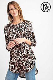 Plus Animal printed Round Neck Knit Top
