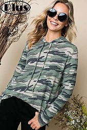 BRUSHED WAFFLE CAMOUFLAGE PRINT HOODIE PLUS TOP