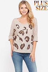Plus size Leopard v neck knit short sleeve top
