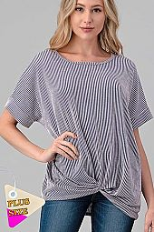 TEXTURED STRIPE KNOTTED BOTTOM TOP PLUS