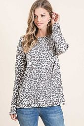 ANIMAL PRINT JERSEY ROUND NECK LONG SLEEVE TEE
