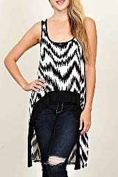 ZIGZAG PRINT HIGH-LOW TOP
