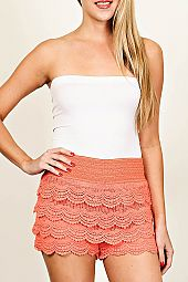 SOLID TIERED CROCHET SHORTS