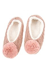 CABLE KNIT ACCENT FLUFFY POM POM SLIPPER