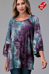 TIE DYE RUFFLE SLEEVE SHIRRED TOP PLUS