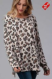 LEOPARD SLIT SIDES OVER SIZED TOP PLUS