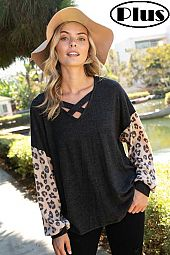 ANGORA ANIMAL V NECK VOLUME SLEEVE BOXY PLUS TOP