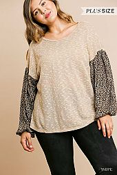 PLUS ANIMAL PRINT SLEEVE ROUND NECK TOP
