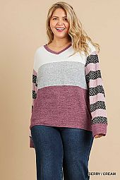 COLOR BLOCK STRIPE KNIT V NECK TOP