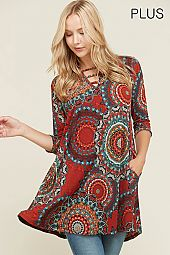 PLUS KEY HOLE ACCENT PAISLEY PRINT TUNIC