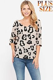 Plus size Leopard v neck knit top