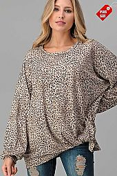LEOPARD TWIST HEM PUFF SLEEVE TOP PLUS