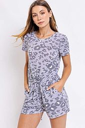 PRINT SHORT SLEEVE ROMPER WITH POCKETS