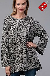 ANIMAL WIDE SLEEVE SLIT SIDES TOP PLUS