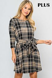 PLAID PRINT TIE WAIST ROUND NECK PLUS DRESS
